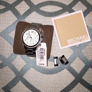 Authentic Michael Kors MK5165 watch